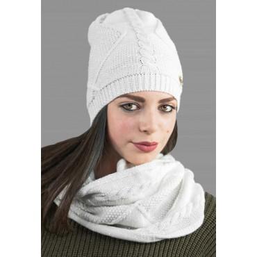 Cappello e sciarpa ad anello lavorata a trecce e rombi con lurex