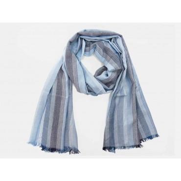 Modello - Sciarpe primaverili estive - sciarpa foulard toni blu a righe fini