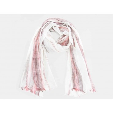 Women's scarf with woven pink stripes
