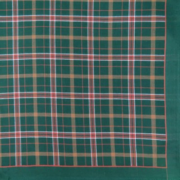 Scozia - Scottish handkerchiefs in warm colors green