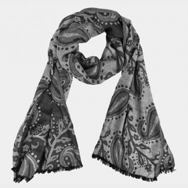Jacquard scarf with cashmere motif in clutch bag