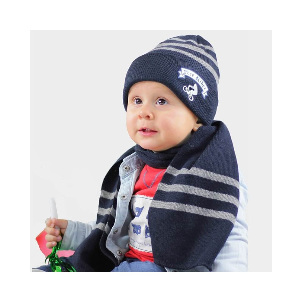 Striped hat and scarf with Free Style print - blue