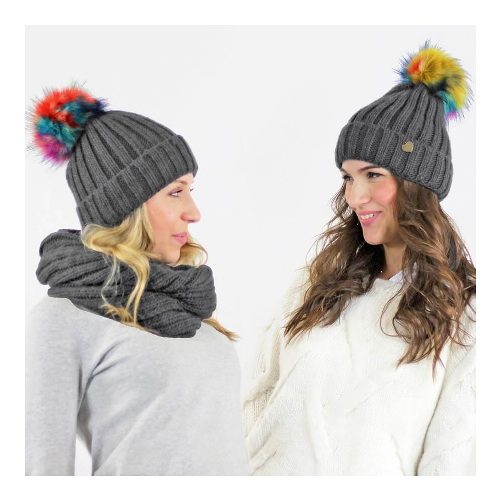 Scarf and hat with multi-colored pompon in faux fur - grey