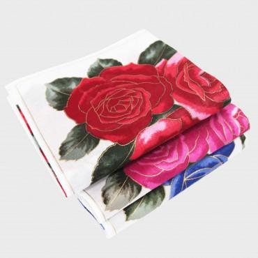 Dall'alto - Giulia - fazzoletti di cotone da donna con stampe grandi rose con contorni d'oro