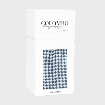 Houndstooth pattern scarf in a gift box - box