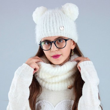 Double pompom hat and hairy neck warmer