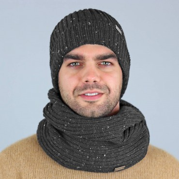 Knop yarn hat and ring scarf for Men grey