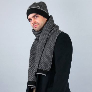 Two-tone honeycomb hat and scarf model