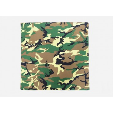 Model - Camouflage - cotton bandana with camouflage print