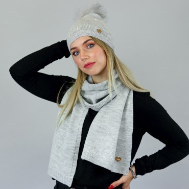 Beanie with faux fur pompon and scarf with silver rhinestones