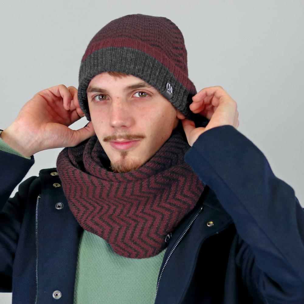 Cappello e sciarpa con motivo zig zag