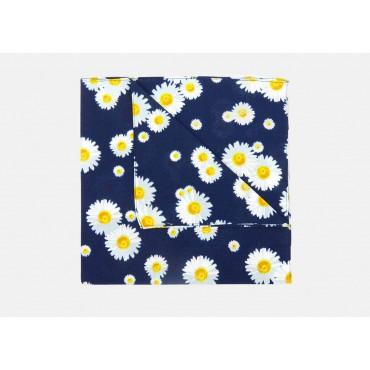 Dettaglio - Margherite - bandana di cotone con margherite stampate su fondo blu notte