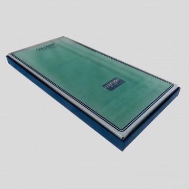 Scatola laterale - Pastello - fazzoletti di cotone da uomo tinta unita verdi.
