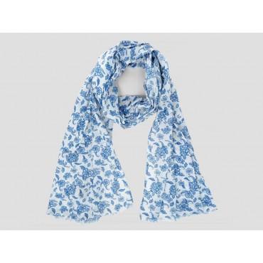 Modello - Sciarpe primaverili estive - sciarpa foulard di cotone bianca a fiorellini blu