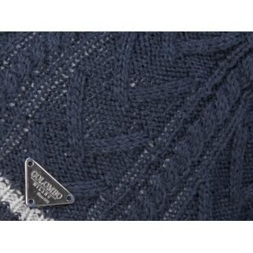 Dettaglio - berretto uomo - cappello tricot con lavorazione a spighe e a trecce e riga sul bordo
