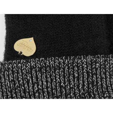 Dettaglio - guanti da donna con risvolto in lurex argento e medaglietta a cuore