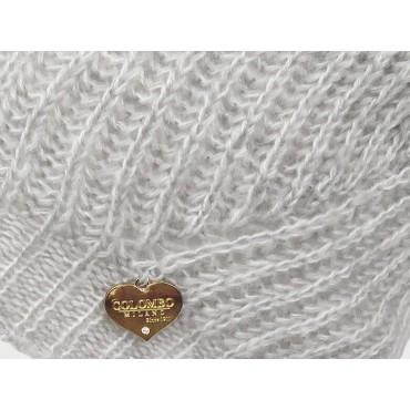 Dettaglio cuoricino - cappello a costine dai colori delicati finissaggio mohair