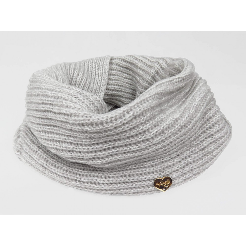Ring scarf in delicate colors grey