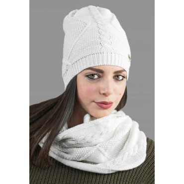 Ring scarf knitted with lurex model