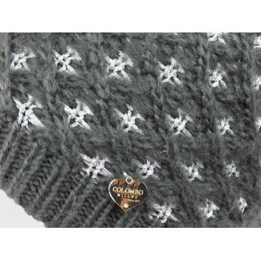 Dettaglio cuoricino - cappello a intreccio con lurex argento