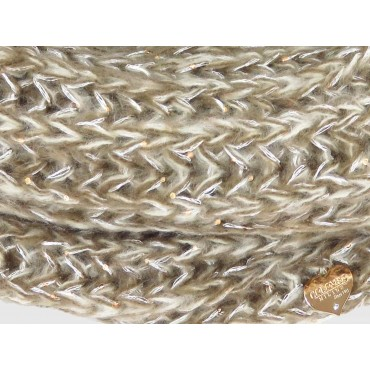 Dettaglio cuoricino - sciarpa morbida da donna con paillettes e lurex