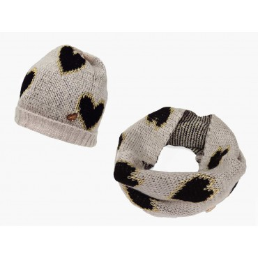 beige - set of hat and soft scarf with hearts for a girl