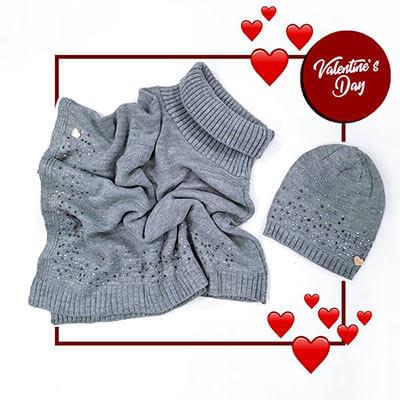 Mantella e berretto per san valentino