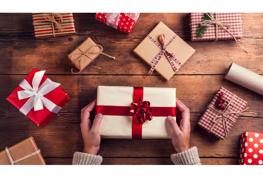 Idee regalo di Natale per lei e per lui a meno di 50 euro